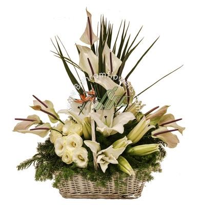 سبد گل سفید سایز متوسط