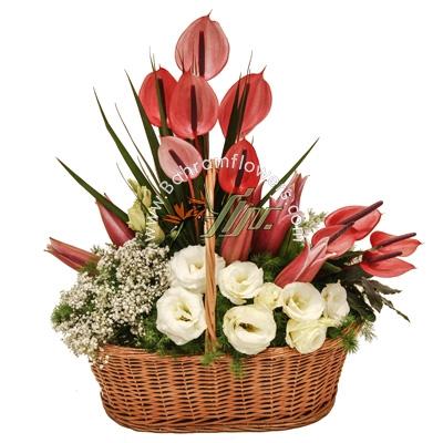 سبد گل رنگی سایز متوسط